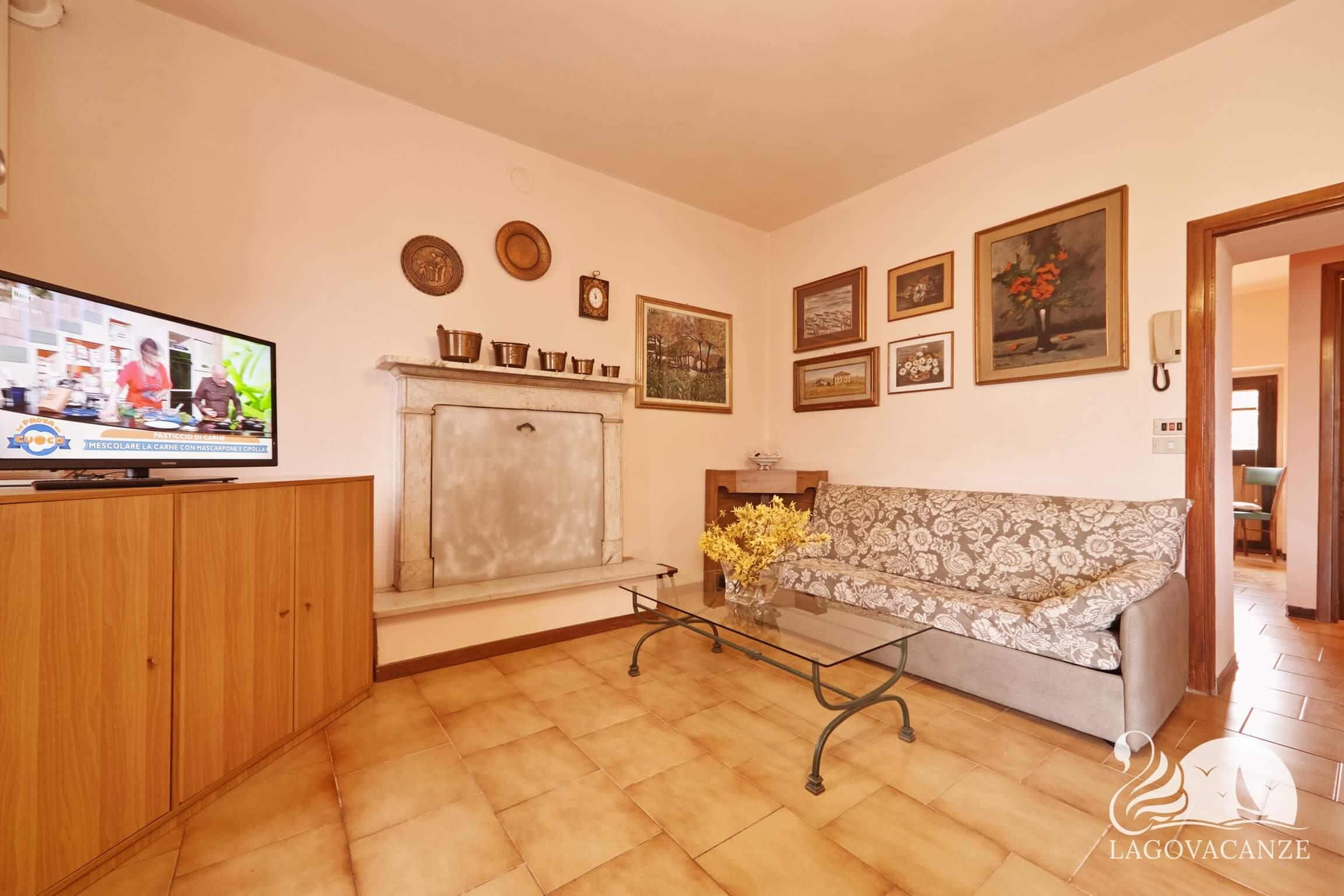 Appartamento al Ponte - Casa vacanze a Manerba del Garda , vicino alle spiagge di Manerba del Garda. Appartamento al Ponte vicino al Porto di Dusano e alle spiagge di Moniga del Garda. Questa Casa Vacanza è ideale per famiglie e vacanze relax sul Lago di Garda.